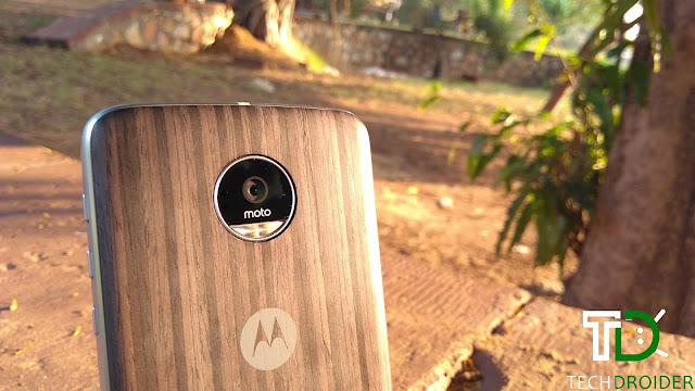 Lenovo sold 1 million Motorola Moto Z globally