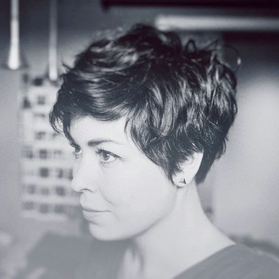 Impressive Short Hair Styles: Short Hair Styles For Women Over 40