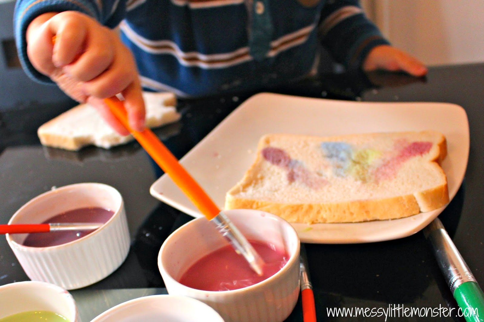 how to paint on bread.  an edible paint recipe for kids.  fireworks activity for toddlers and preschoolers