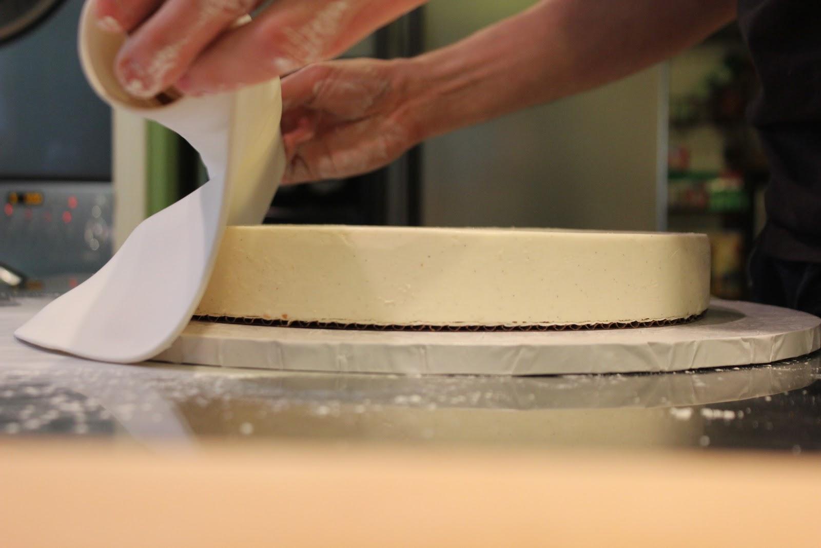 The Fashion Caker Kim Z S Cake Replica