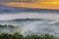 Info Lengkap Punthuk Setumbu, Spot Terbaik Melihat Sunrise di Dekat Candi Borobudur