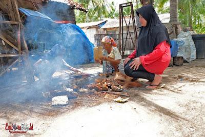 cara tradisional ikan bakar gili labak