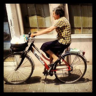 ciclista urbana bicicletta chioggia