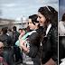 بالصور والفيديو.. فتيات بلغاريا الغجر للبيع في سوق العرائس!