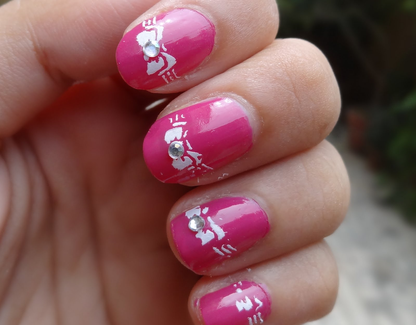Simple Bow Nail Art Tutorial With Nail Stamping Kit ...