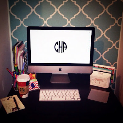 College Prep: DIY Monogram Desktop Wallpaper