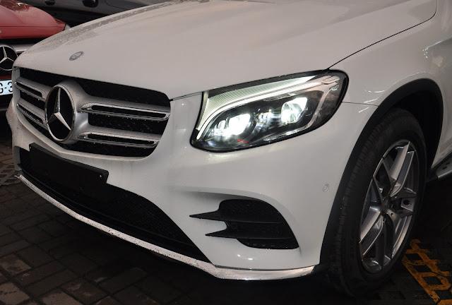 Cụm đèn trước Mercedes GLC 300 4MATIC sử  dụng công nghệ LED