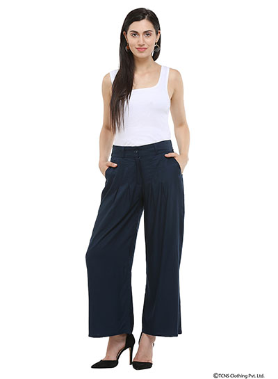 89eac06eadb68 Voluminous pants for women have been in trend for quite some time now and  they are super comfortable and stylish to wear to office and formal  meetings.