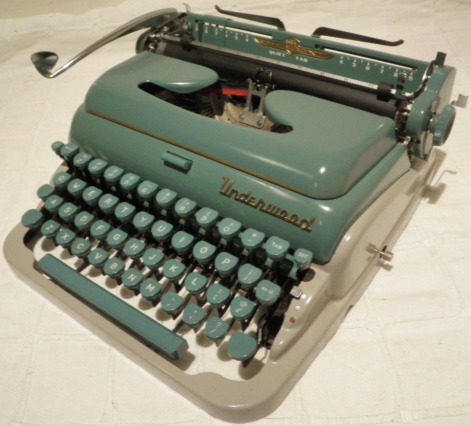 oz.Typewriter: Underwood Portable Typewriters 1919-1991 ...