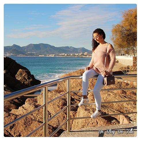 http://unblogdefille.blogspot.fr/2017/12/look-pull-rose-poudre-et-superstar.html