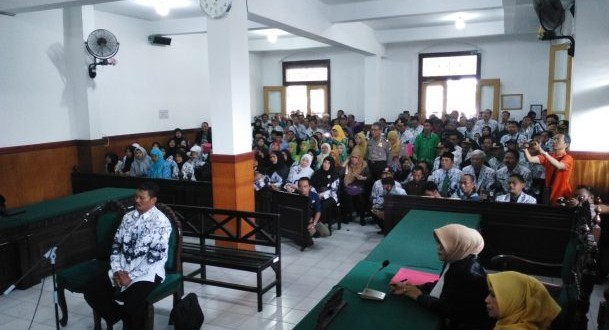 PGRI : UU Perlindungan Guru Disahkan ,Guru Menjadi Lebih Tenang Dalam Mendidik