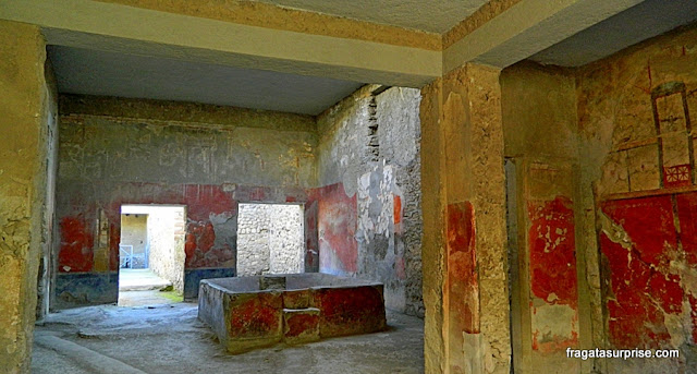 Fullonica, oficina de beneficiamento de lã, em Pompeia