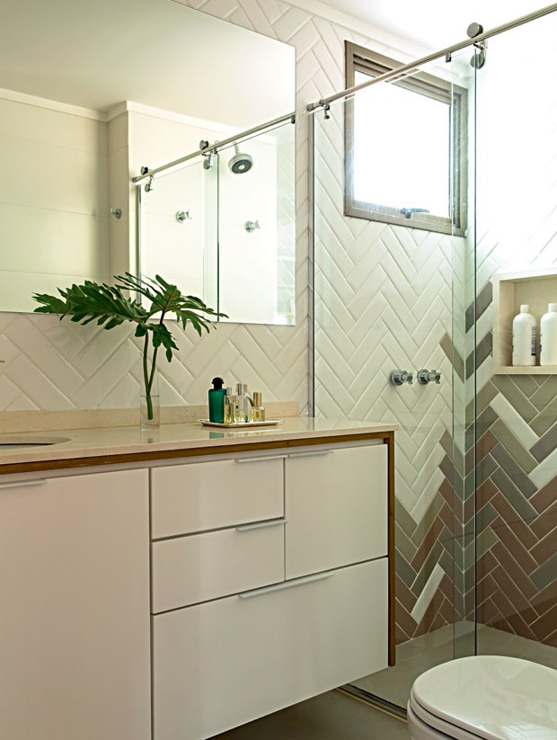 Banheiro Com Azulejo Em Paginação Espinha De Peixe Jeito