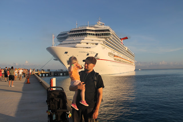 risteilijä laiva matkarattaat