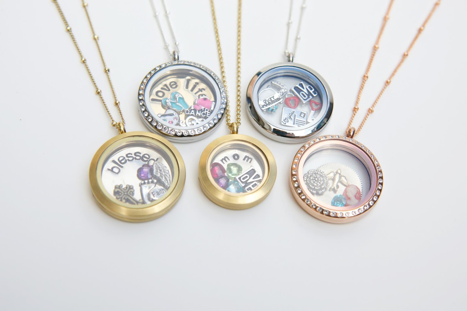 Giveaway origami owl with robyn torres thrifty nifty mommy giveaway origami owl with robyn torres jeuxipadfo Image collections