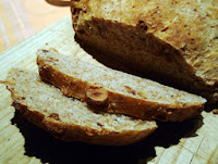 Pan de avellanas de Rasemary Rowson