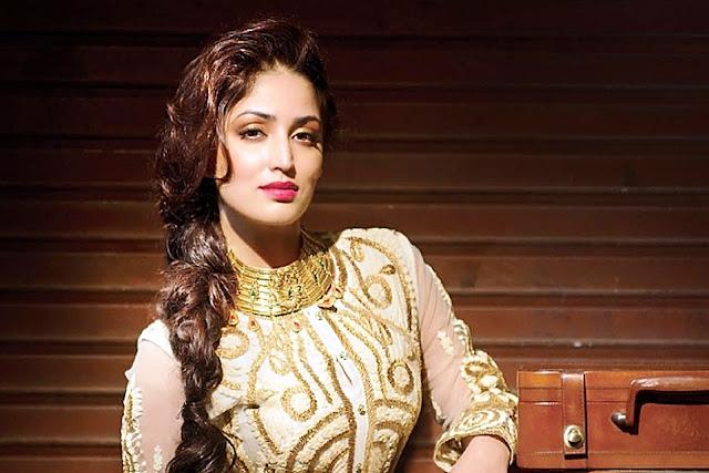 Yami-Gautam-in-gorgeous-dress