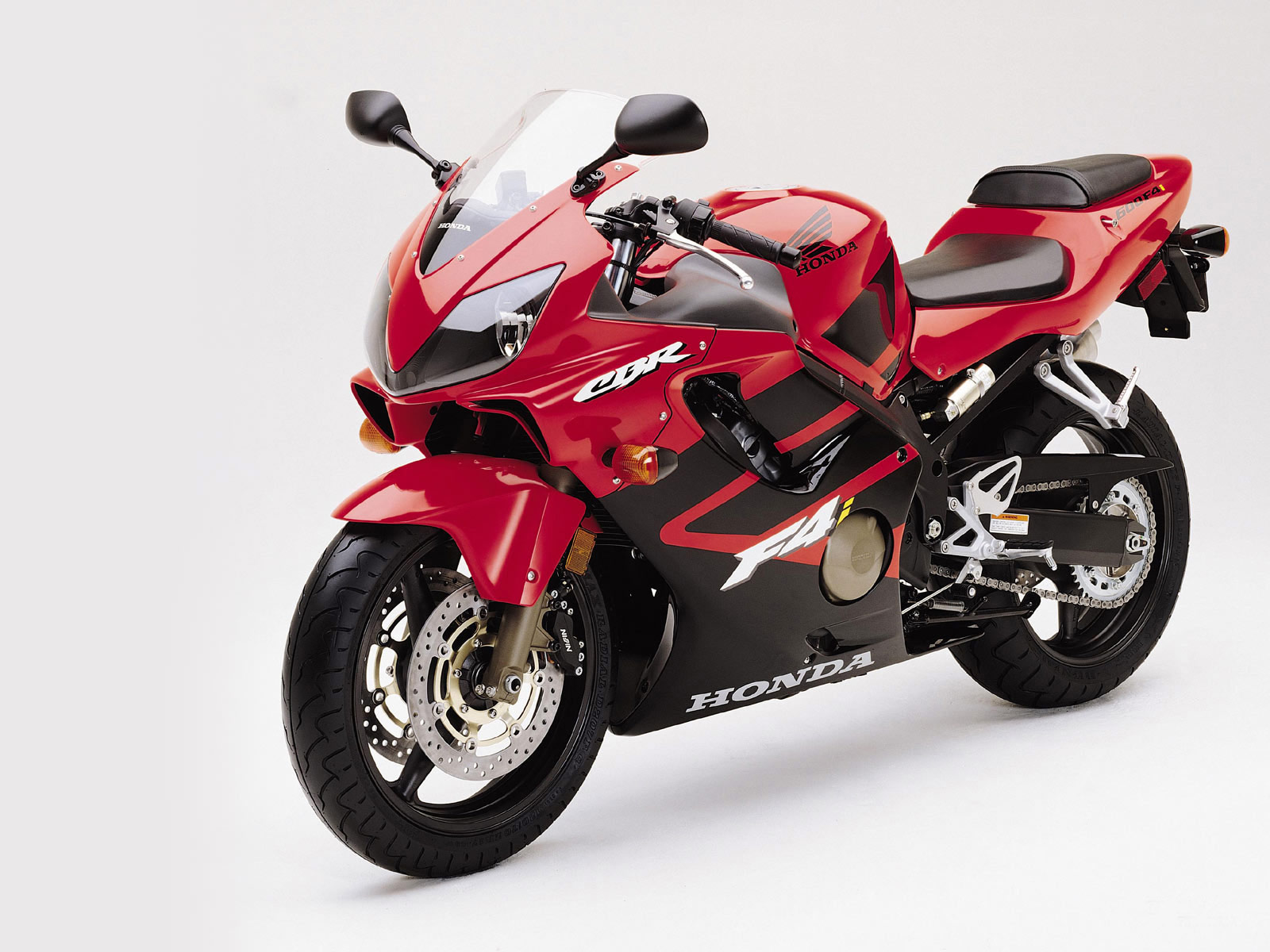 You can also find the latest images of the 2001 honda cbr 600 f4i in the  gallery below :
