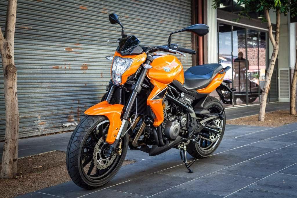 Benelli Meluncurkan 5 Motor  di India
