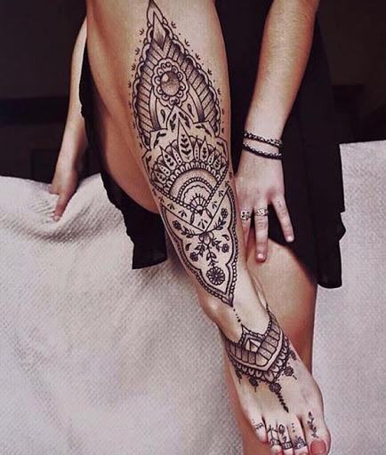 Mandala tatuagens, além da beleza do design, é também um símbolo de unidade, completude e eternidade. No entanto, é muito versátil quer dizer que você pode dar é próprio significado, bem como no design.