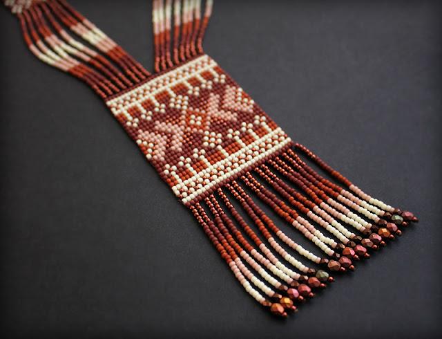 купить некрупный гердан из бисера в этническом стиле современный гайтан из бисера россия