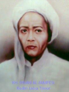 "#Syeikhul Islam KH Ihsan Al-Jampesi ""Cahayanya Dunia"""