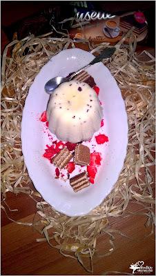 http://www.slodkieokruszki.pl/lodowy-deser-cappuccino-dla-zakochanych-lusette-laczy/