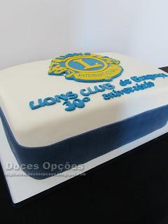 bolo 30º aniversário Lions Club de Bragança