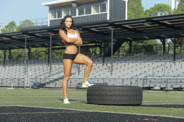 Fitness Model Erin Stern 02