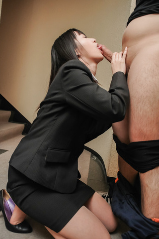 nnnn Foto Sekretaris Bispak Muda Ngulum Penis Panjang