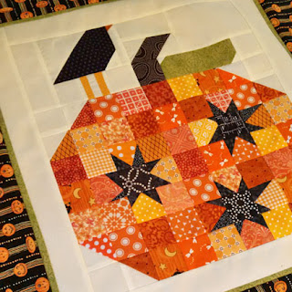 pumpkin table topper: QuiltBee