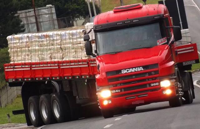 TRÂNSITO: Publicada lei que obriga faróis acesos, durante o dia, em rodovias