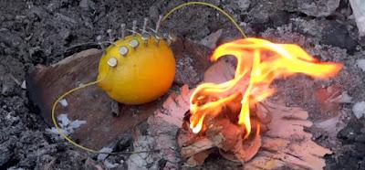 Curioso experimento para hacer fuego con un limón