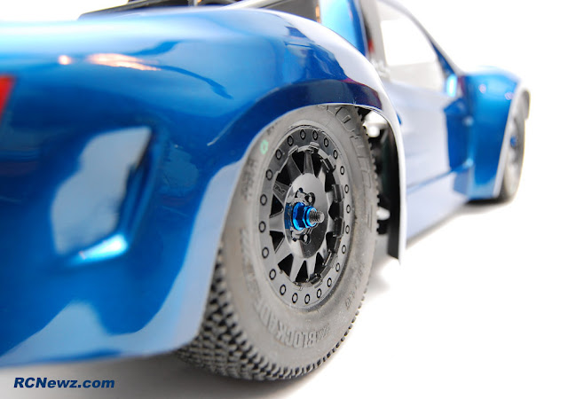 Pro-Line Pro-2 wheel and tire