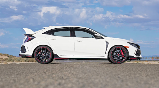 Обновленный Honda Civic можно купить со скидкой