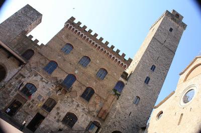 Palazzo del Popolo and La Torre Grossa in San Gimignano