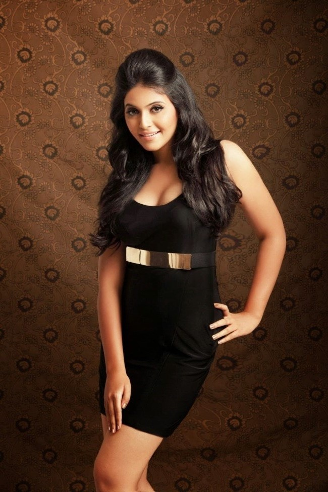 Tollywood Actress Anjali Latest Photos In Black Dress