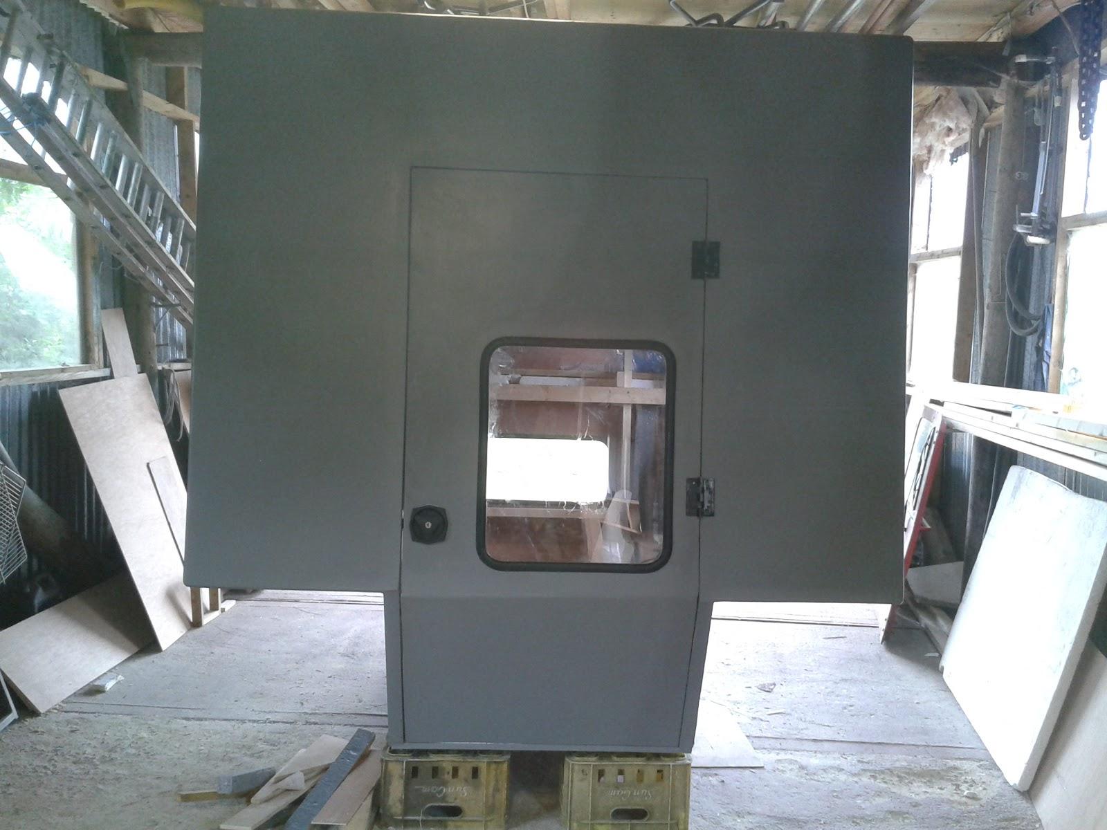 Demountable camper for land rover 110 diy demountable camper - Best price sandtex exterior paint ...