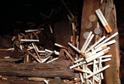 Bulan Depan Jokowi Resmi Menaikkan Harga Rokok 50.000 Perbungkus