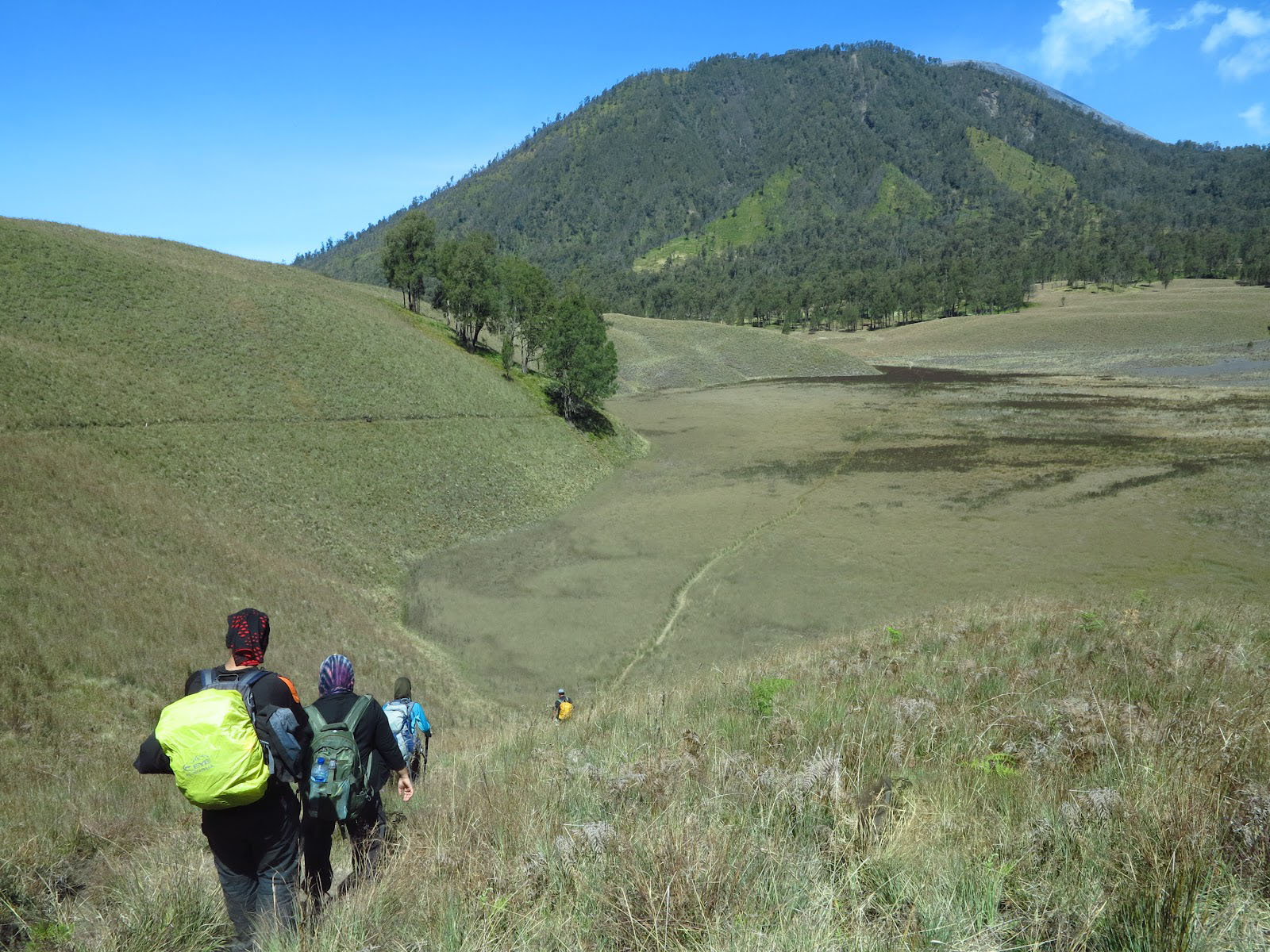 Huge Benefits Gained After Trekking Tour to Java Volcanos