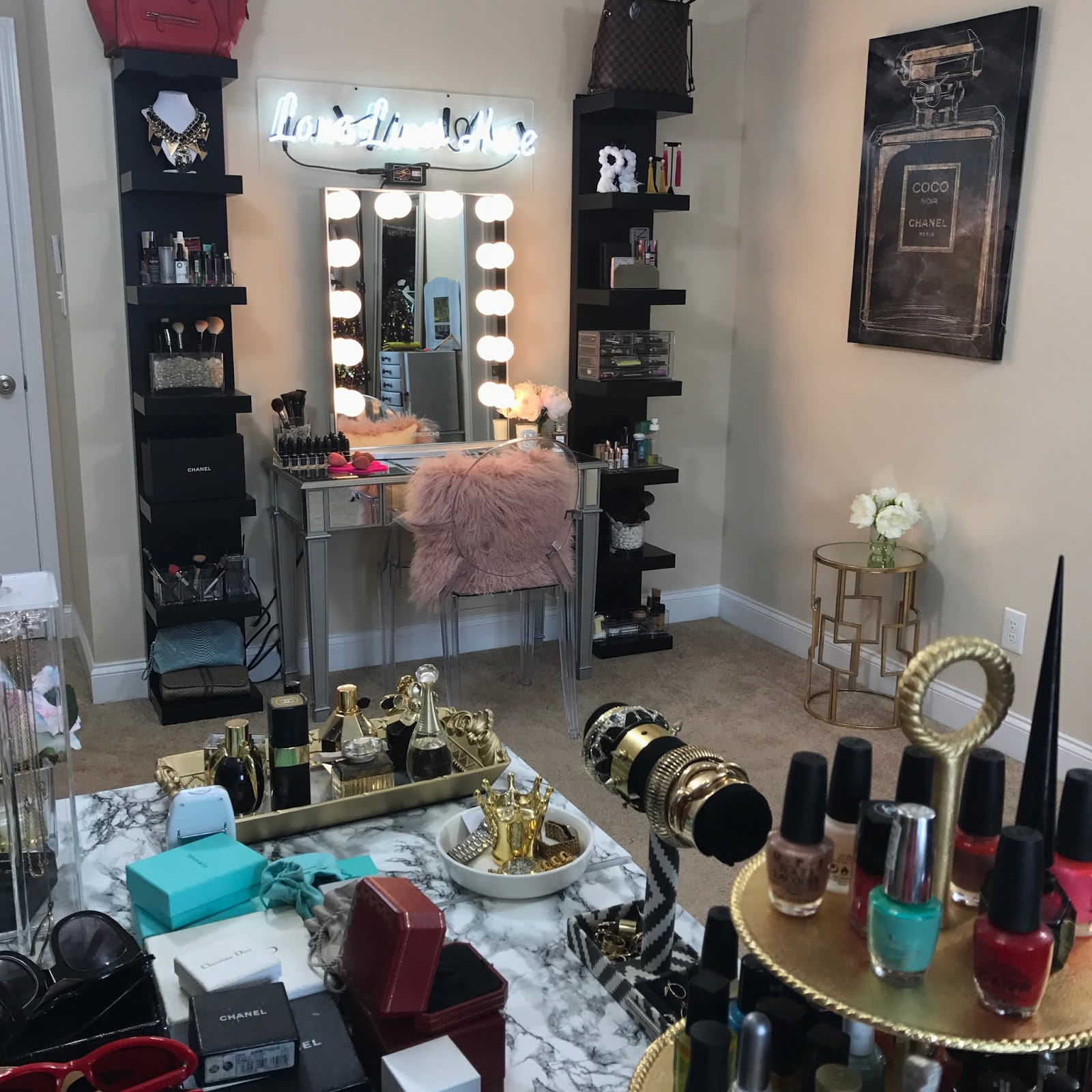 glam room, diy glam room, makeup room, allthingsslim