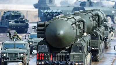 Estados Unidos se retira del tratado nuclear con Rusia