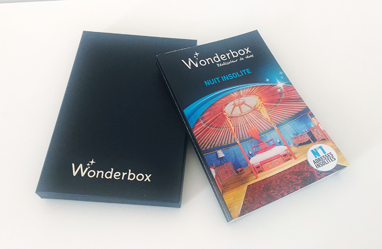 like an open book wonderbox nuit insolite