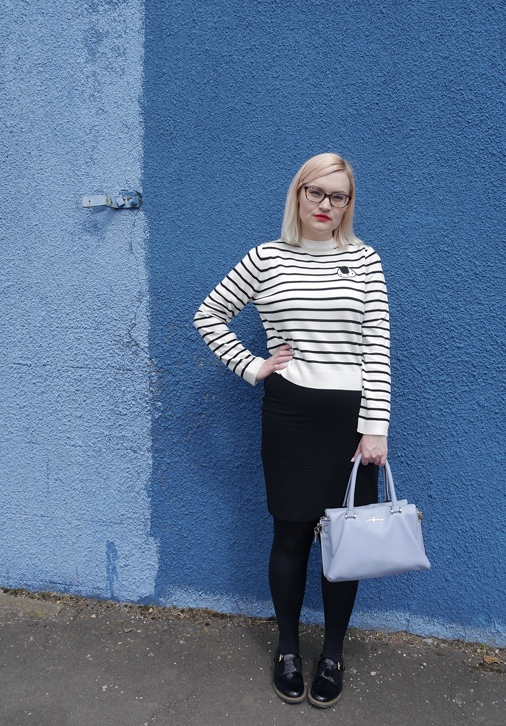 Scottish fashion blogger, Wardrobe Conversations, Jasper Conran bag from Debenhams, blue background, monochrome outfit inspiration, The Whitepepper top, sushi print, UK fashion blogger, Scottish fashion