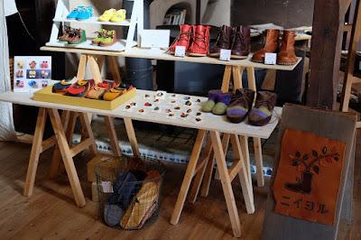 松本市四賀の古民家カフェ KAJIYA(カジヤ)手づくり靴のニイヨル