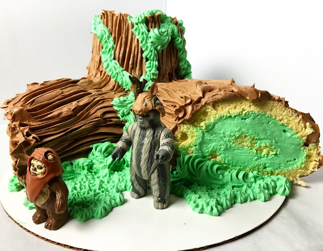 Final Star Wars Inspired Buche de Noel (Yule Log)