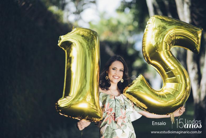 15 anos bh, 15 lindos anos, book 15 anos bh, estúdio fotografico bh, fazer book 15 anos, festa 15 anos bh, flores, fotos 15 anos, melhores, romana, studio,