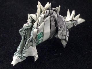 Origami o papiroflexia con billete de dólar