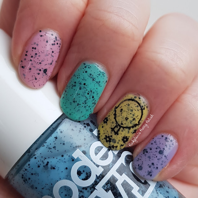 Easter-chick-nail-art.jpg