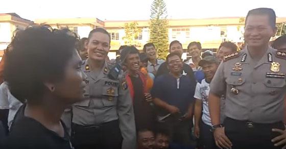 Video Anak Jalanan Stand Up Comedy Ini Bikin Kapolresta Medan Terbahak-Bahak